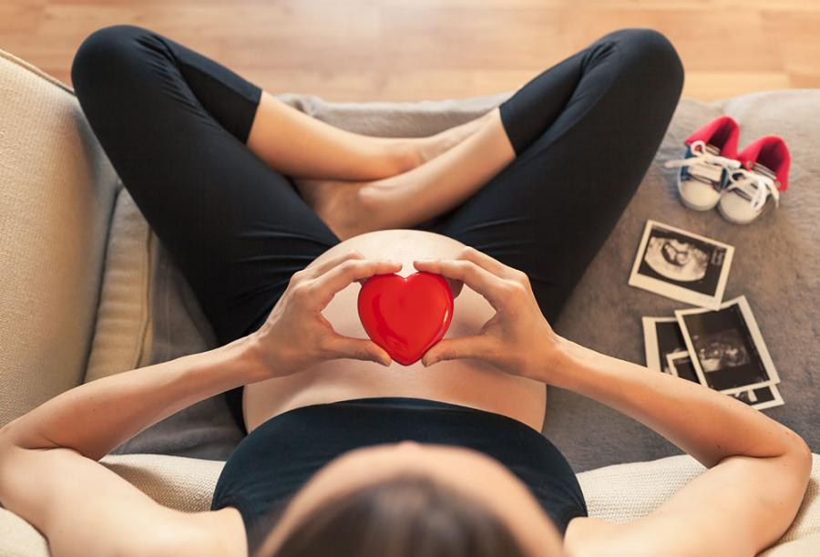 Pregnant and heart health photo